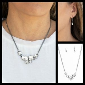 CONSTELLATION COLLECTION BLACK NECKLACE